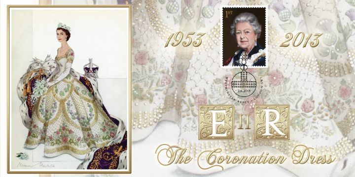Her Majesty the Queen Royal Portraits, The Queen's Coronation Dress