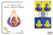 10.04.1990 Queen's Awards to Industry Award Emblem on Globe Cotswold