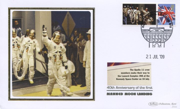 Moon Landing [Commemorative Sheet], Crew make their way to Launch Complex